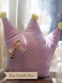 Handmade μαξιλάρι Κορώνα | From Scratch Store