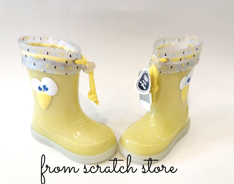 Παιδικές γαλότσες Igor σε κίτρινο χρώμα  8ff244530c0