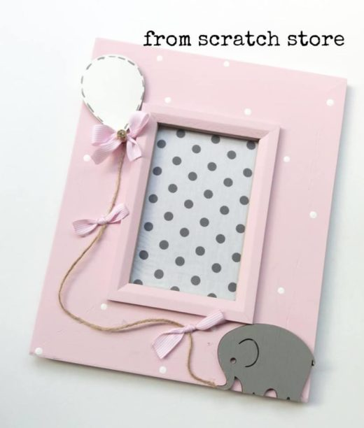 Κορνίζα ξύλινη σε ροζ χρώμα ελεφαντάκι | From Scratch Store